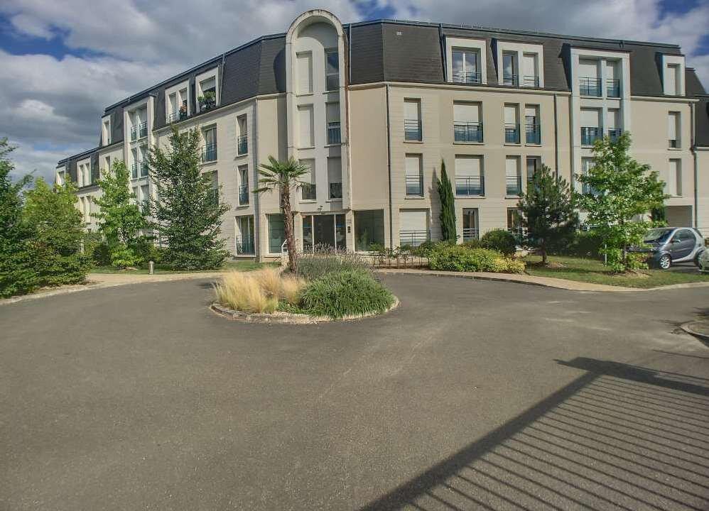 Appartement à louer 2 43.95m2 à Saint-Jean-le-Blanc vignette-1