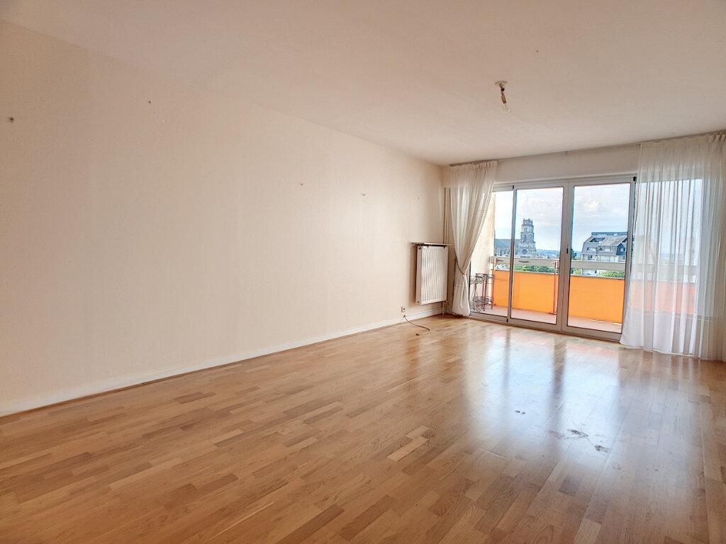 Appartement à louer 4 86.02m2 à Orléans vignette-4