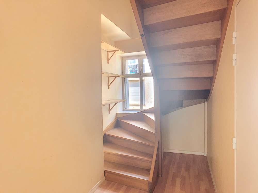 Appartement à louer 4 92.47m2 à Orléans vignette-5
