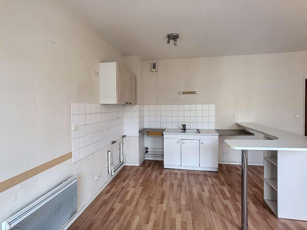 Appartement à louer 4 92.47m2 à Orléans vignette-8