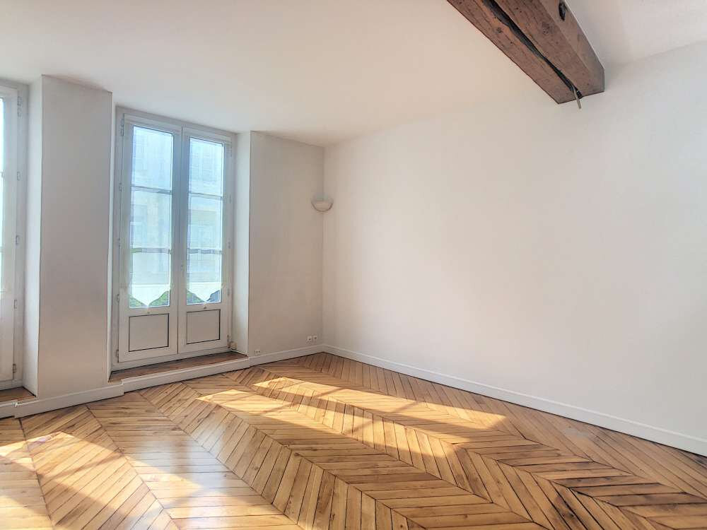 Appartement à louer 2 53.29m2 à Orléans vignette-3
