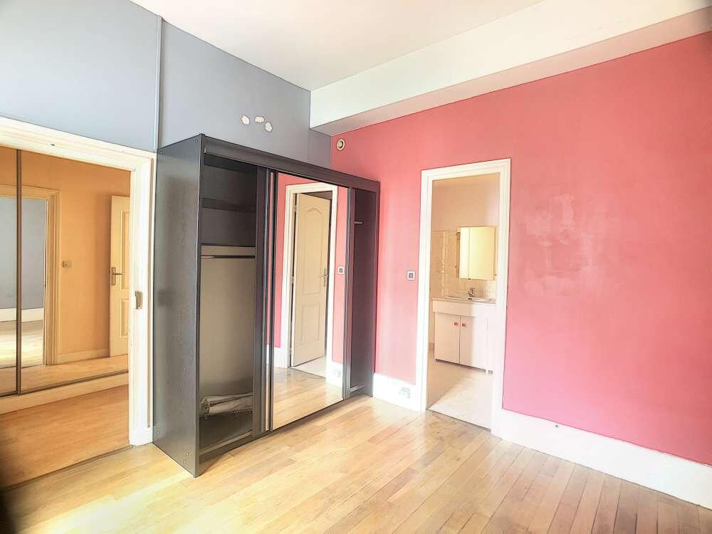 Appartement à louer 2 53.29m2 à Orléans vignette-5