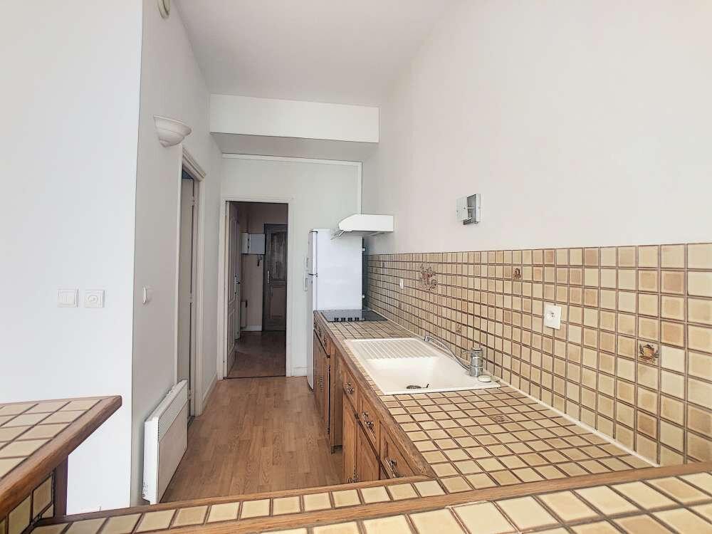 Appartement à louer 2 53.29m2 à Orléans vignette-6