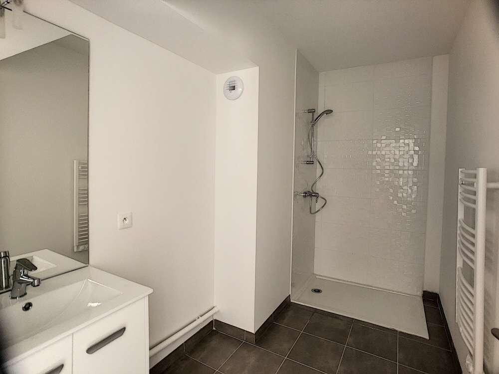 Appartement à louer 2 49.74m2 à Orléans vignette-6