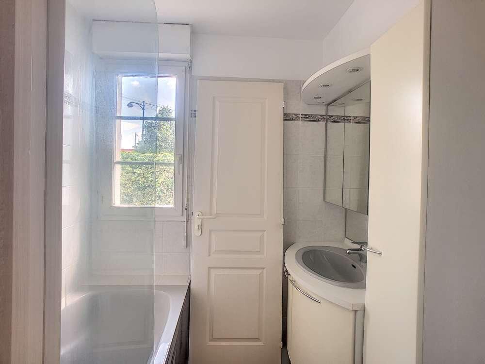 Appartement à louer 2 53.05m2 à Olivet vignette-6