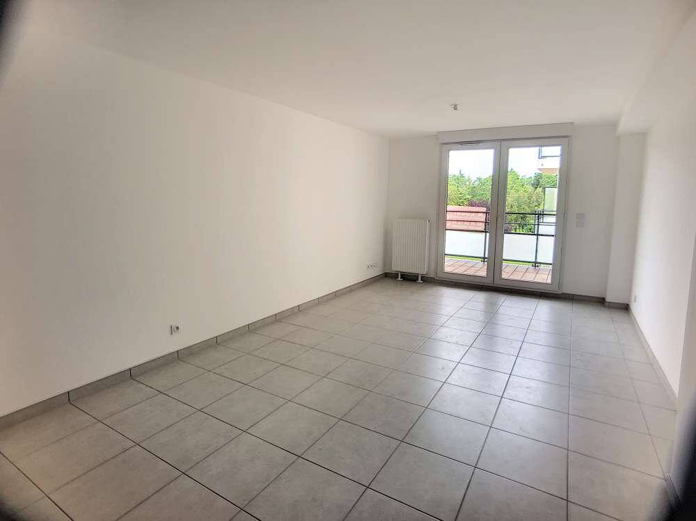 Appartement à louer 3 61.38m2 à Orléans vignette-2