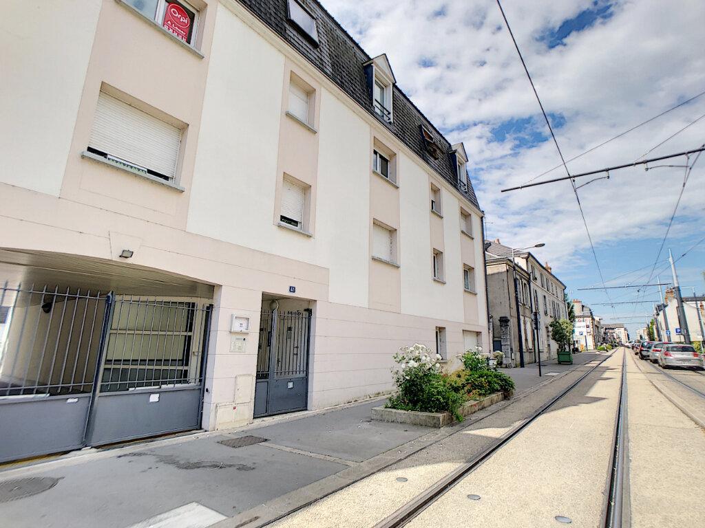 Appartement à louer 2 42.5m2 à Orléans vignette-5
