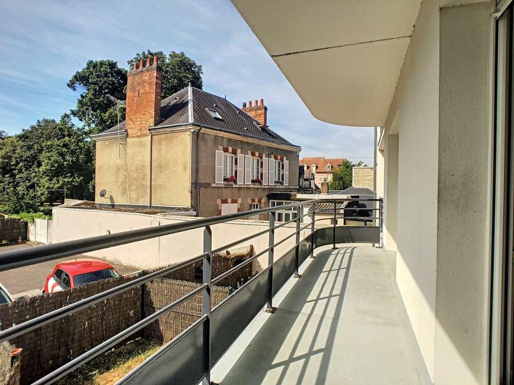 Appartement à louer 2 42.5m2 à Orléans vignette-10