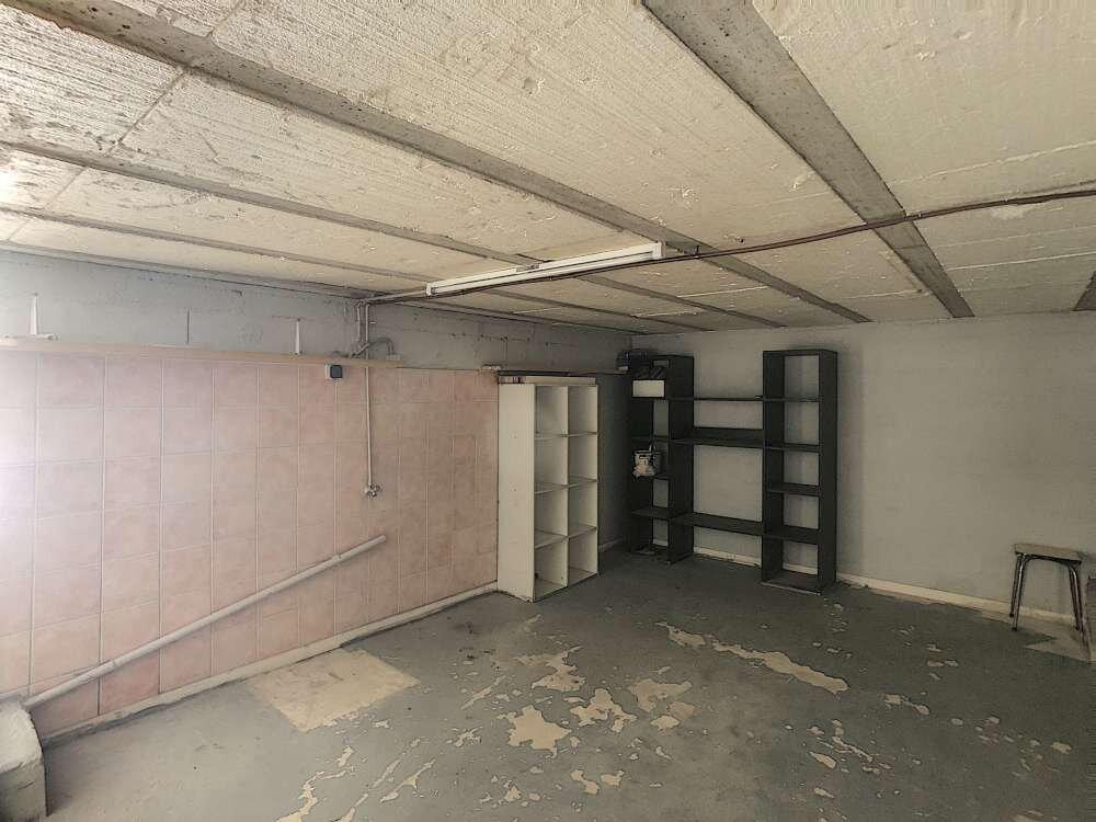 Maison à louer 5 109.45m2 à Saint-Jean-de-la-Ruelle vignette-4
