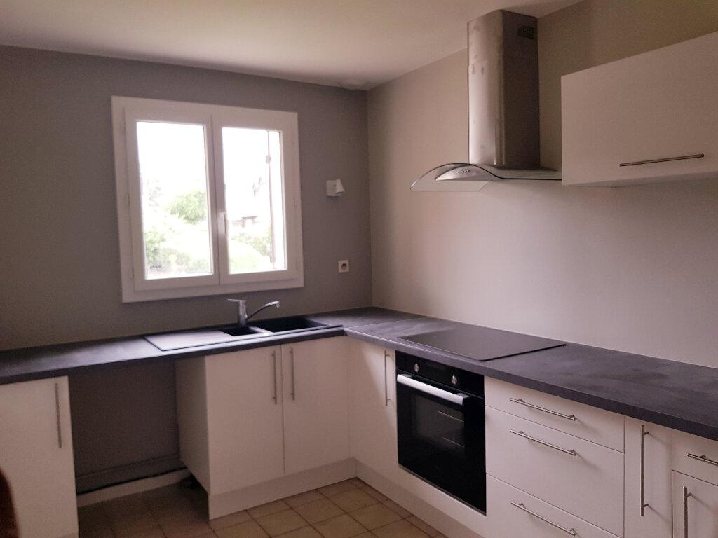 Maison à louer 4 80m2 à Orléans vignette-2