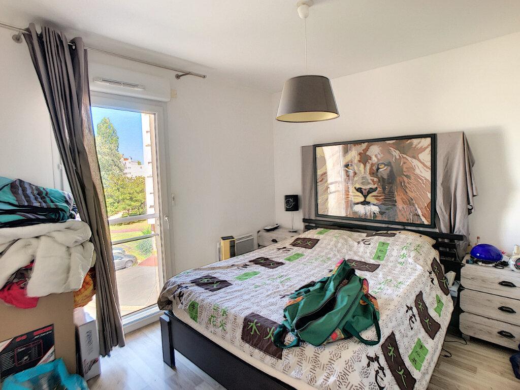 Appartement à vendre 3 69.25m2 à Fleury-les-Aubrais vignette-4