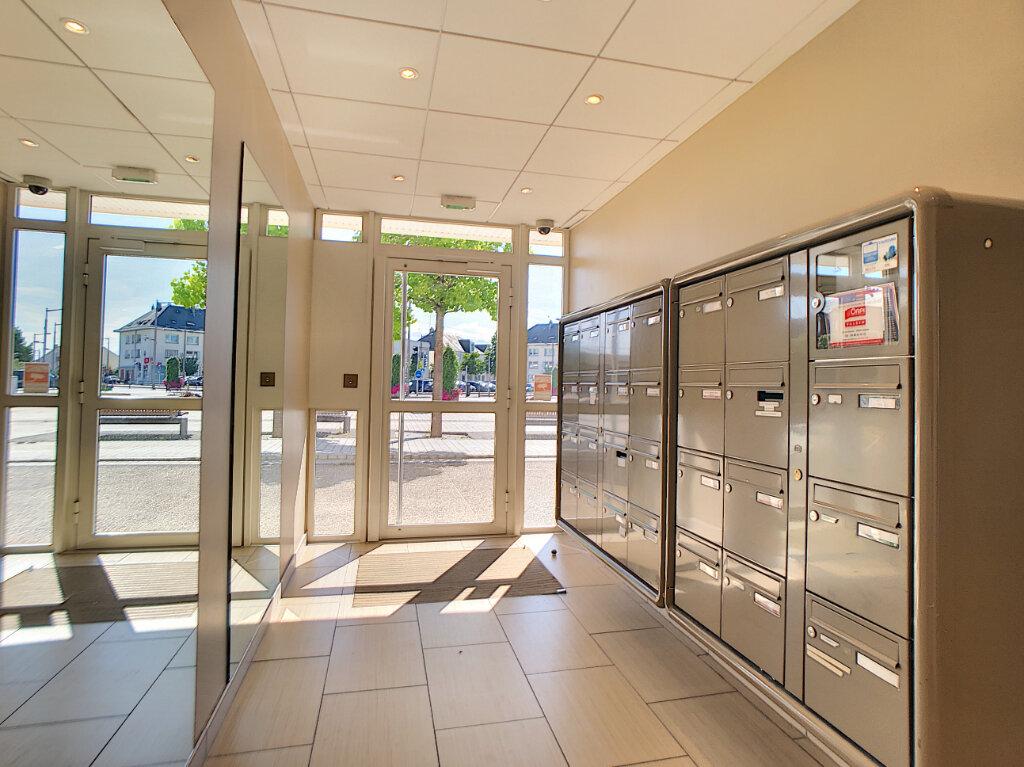 Appartement à vendre 3 69.25m2 à Fleury-les-Aubrais vignette-8