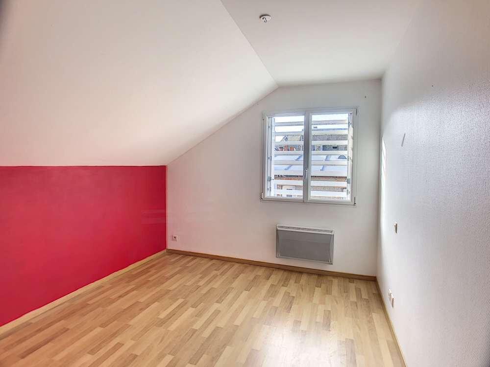 Appartement à louer 2 62.17m2 à Orléans vignette-2
