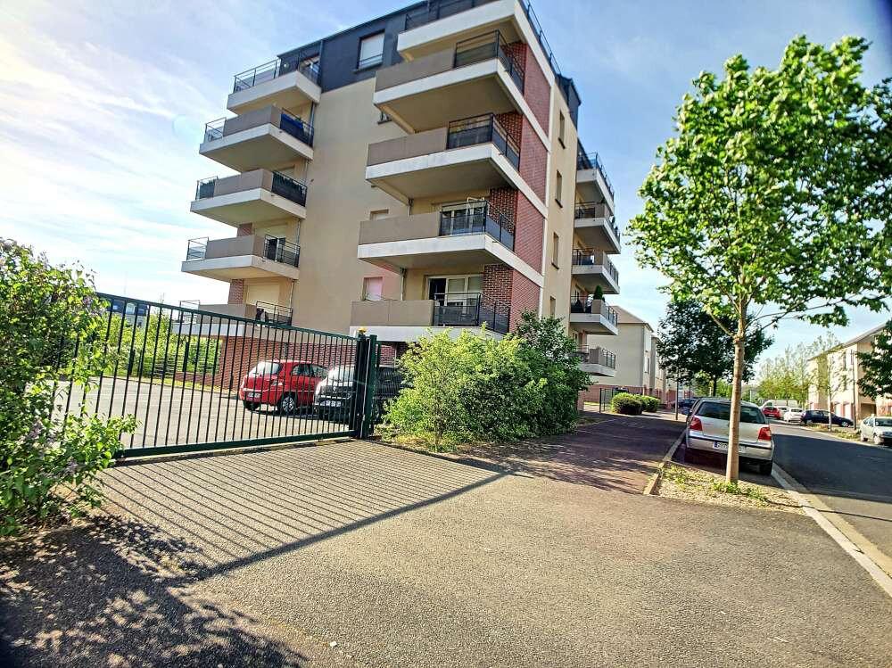 Appartement à louer 2 41.88m2 à Orléans vignette-2