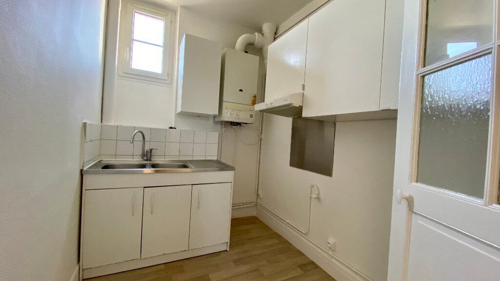 Appartement à louer 3 60m2 à Orléans vignette-5