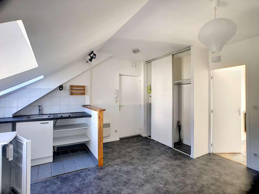 Appartement à louer 1 26.27m2 à Orléans vignette-2