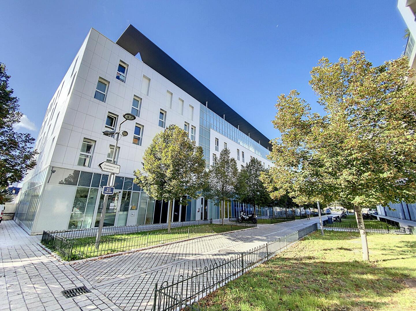 Appartement à louer 2 43.24m2 à Orléans vignette-4