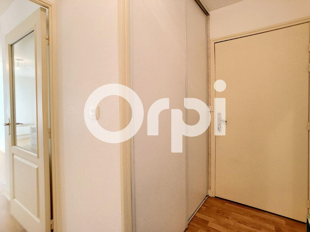 Appartement à louer 1 29.8m2 à Orléans vignette-6