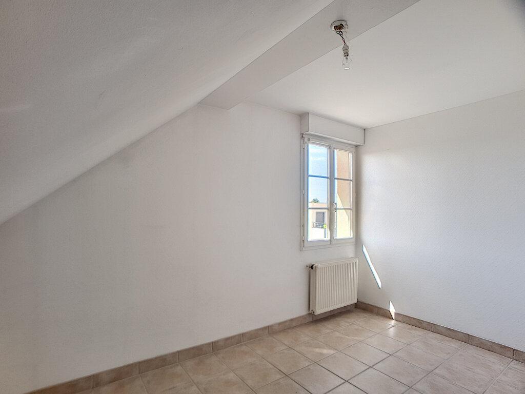 Appartement à louer 3 50.29m2 à Olivet vignette-4