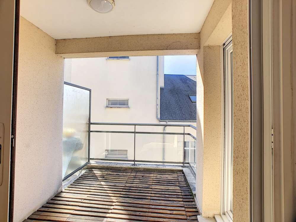 Appartement à louer 3 63.8m2 à Orléans vignette-3