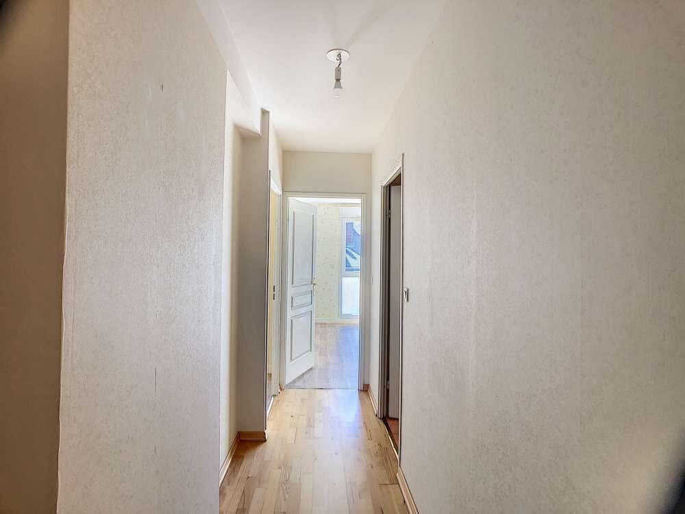 Appartement à louer 3 63.8m2 à Orléans vignette-5