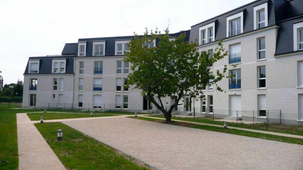 Appartement à louer 2 48.4m2 à Saint-Jean-le-Blanc vignette-1