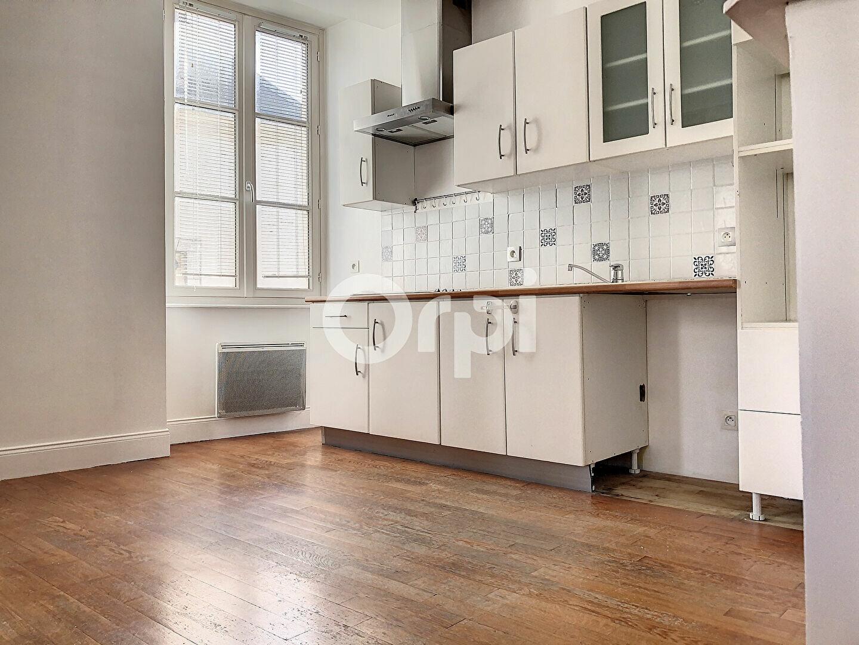 Appartement à louer 3 69.65m2 à Orléans vignette-3