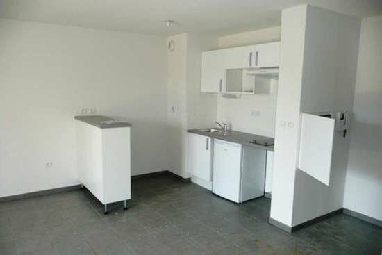 Appartement à louer 2 45.88m2 à Daux vignette-3