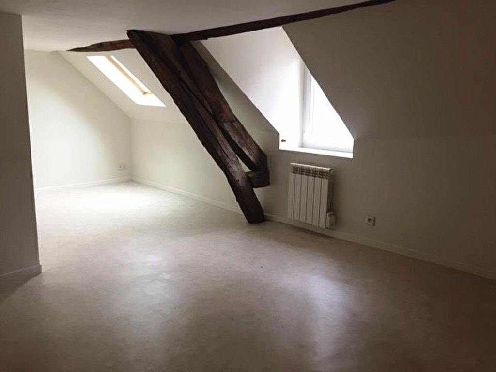 Appartement à louer 1 20.3m2 à Orléans vignette-1