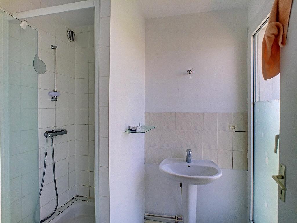 Appartement à louer 5 94.52m2 à Fleury-les-Aubrais vignette-10