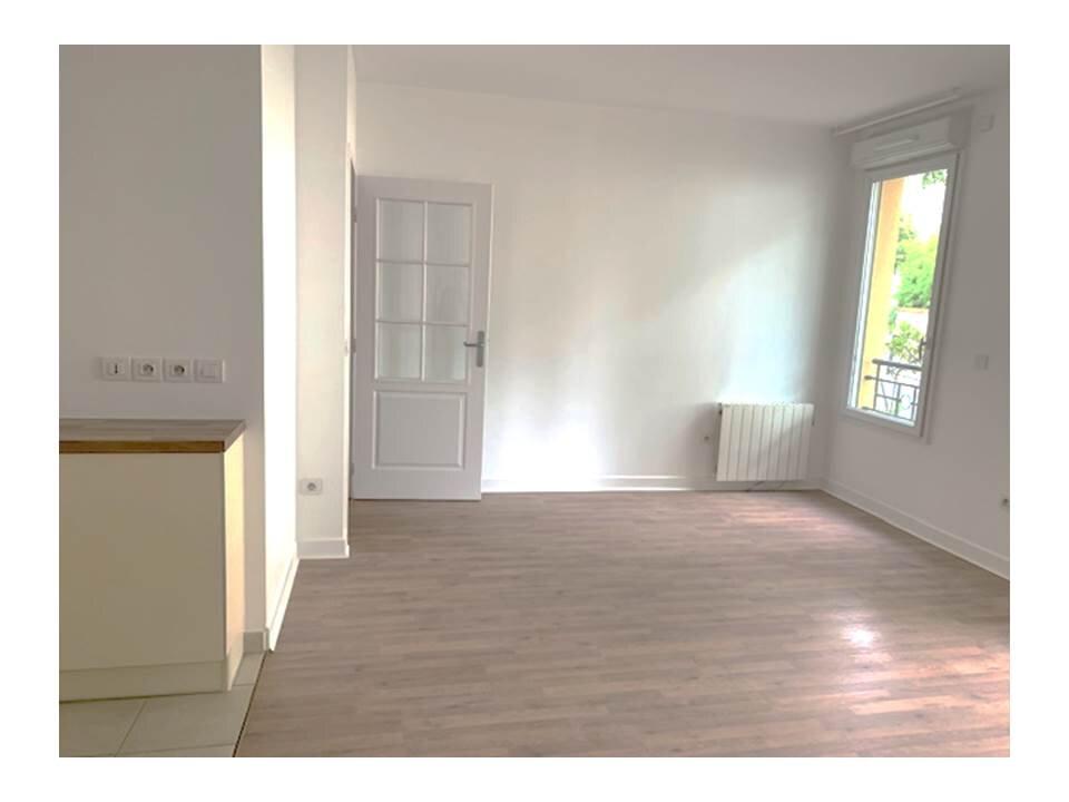 Appartement à louer 2 41.62m2 à Garches vignette-1