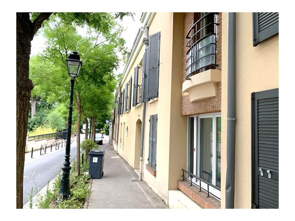 Appartement à louer 2 41.62m2 à Garches vignette-4