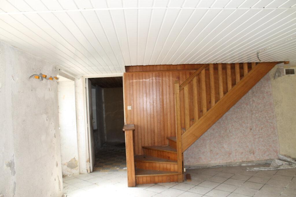 Maison à vendre 5 110m2 à Saint-Thurien vignette-2