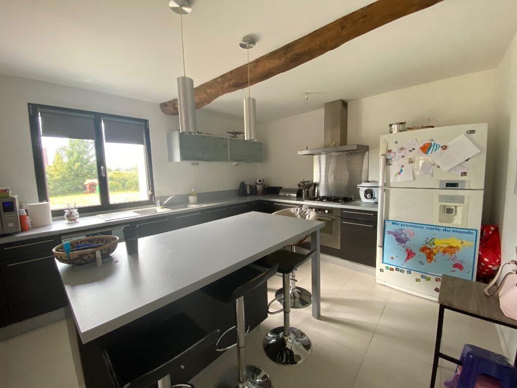 Maison à vendre 6 200m2 à La Madelaine-sous-Montreuil vignette-4