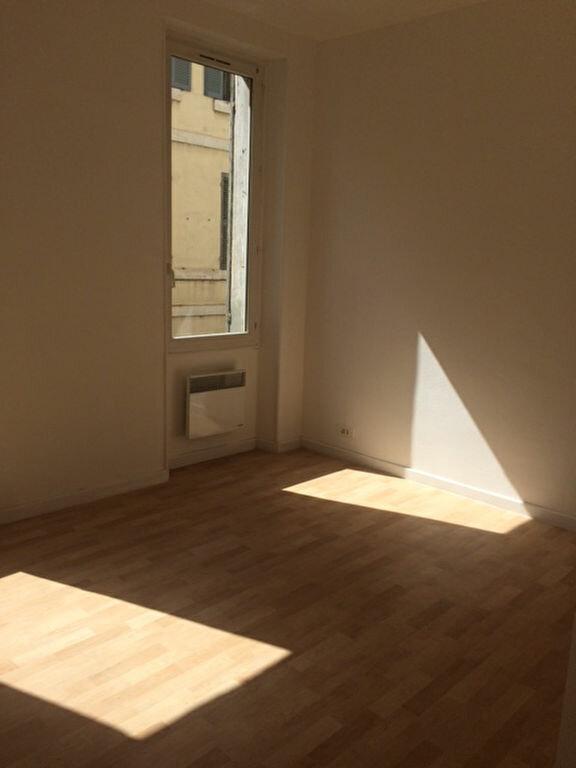 Appartement à louer 3 68m2 à Toulon vignette-5