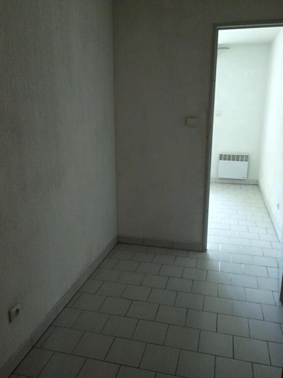 Appartement à louer 1 20m2 à La Seyne-sur-Mer vignette-6