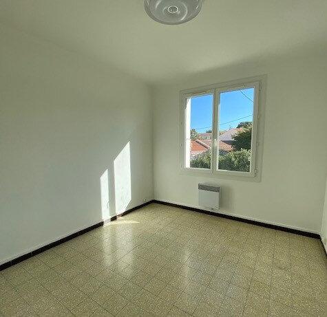 Appartement à louer 3 57.15m2 à La Seyne-sur-Mer vignette-4