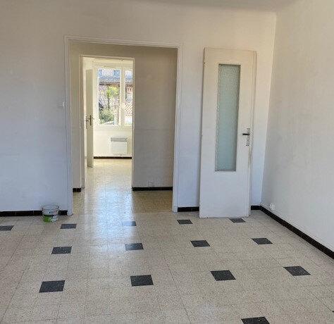 Appartement à louer 3 57.15m2 à La Seyne-sur-Mer vignette-6