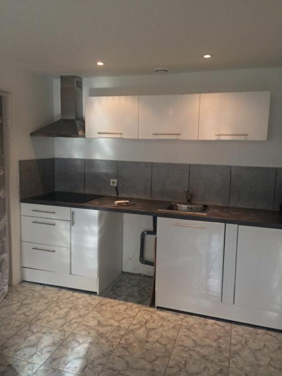 Appartement à louer 2 35.41m2 à Toulon vignette-1