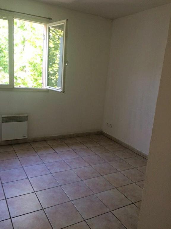 Appartement à louer 2 50.2m2 à La Seyne-sur-Mer vignette-9