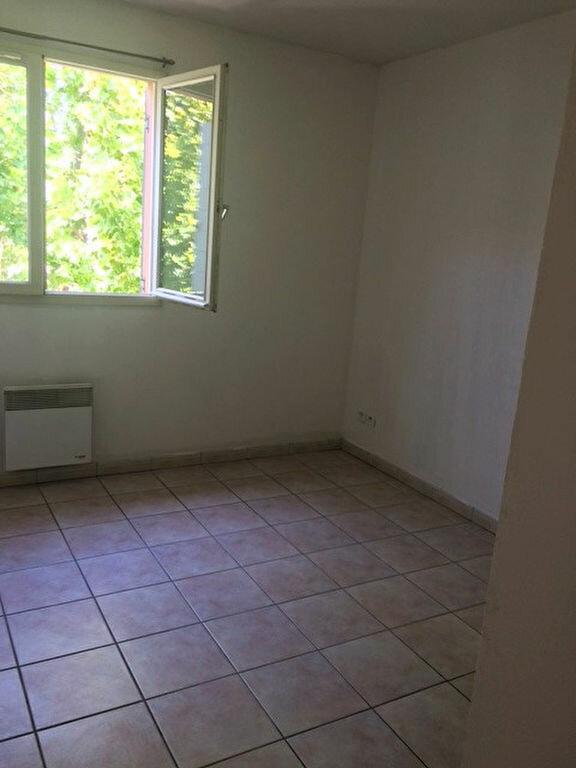 Appartement à louer 2 50.2m2 à La Seyne-sur-Mer vignette-10