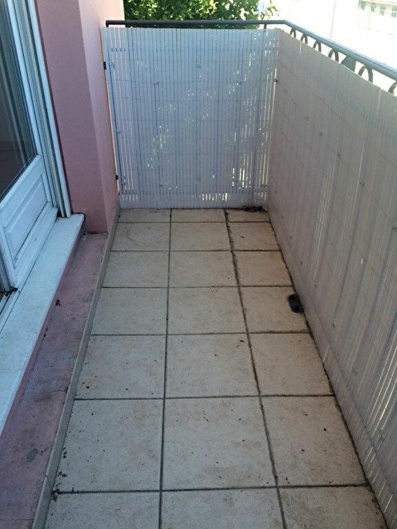 Appartement à louer 2 50.2m2 à La Seyne-sur-Mer vignette-12