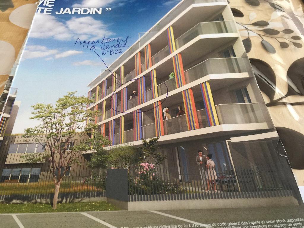Appartement à vendre 2 39m2 à La Seyne-sur-Mer vignette-2