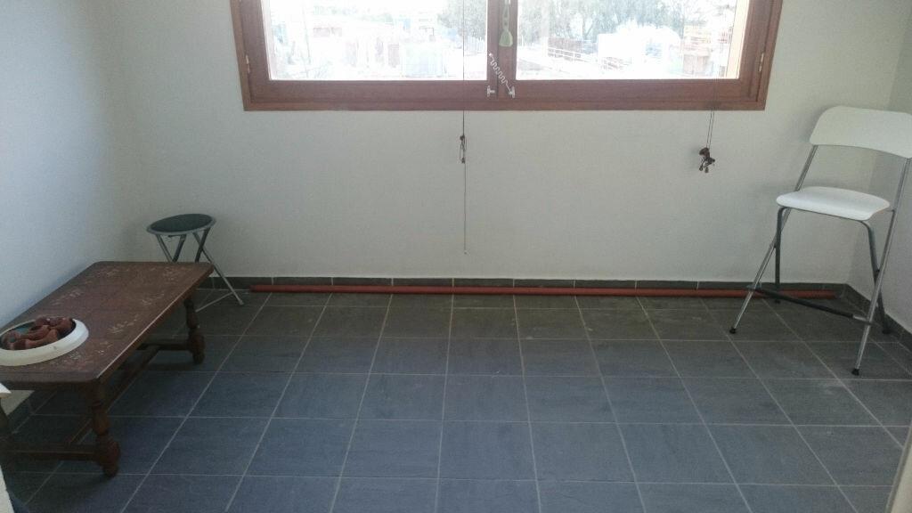 Appartement à vendre 2 50m2 à La Seyne-sur-Mer vignette-3