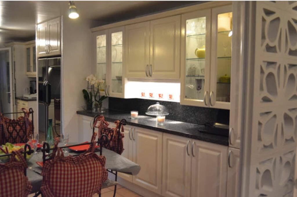 Maison à vendre 6 220m2 à Six-Fours-les-Plages vignette-12
