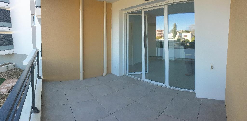 Appartement à louer 2 37.86m2 à La Seyne-sur-Mer vignette-2