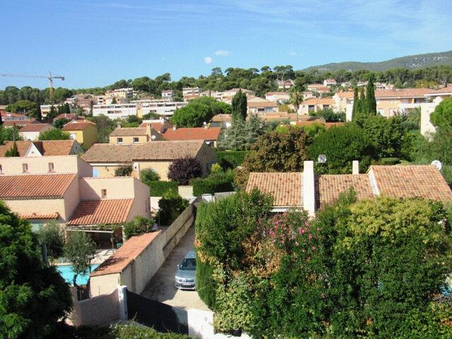 Appartement à vendre 3 44m2 à Sanary-sur-Mer vignette-3