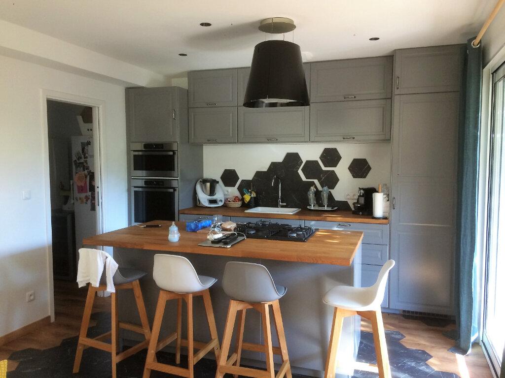 Maison à vendre 5 103m2 à Toulon vignette-4