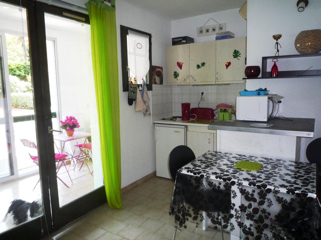 Appartement à vendre 2 27.89m2 à Sanary-sur-Mer vignette-2