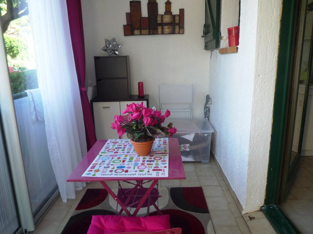 Appartement à vendre 2 27.89m2 à Sanary-sur-Mer vignette-4